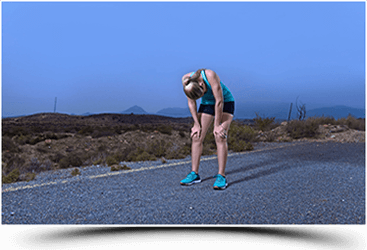 אישה באמצע ריצה